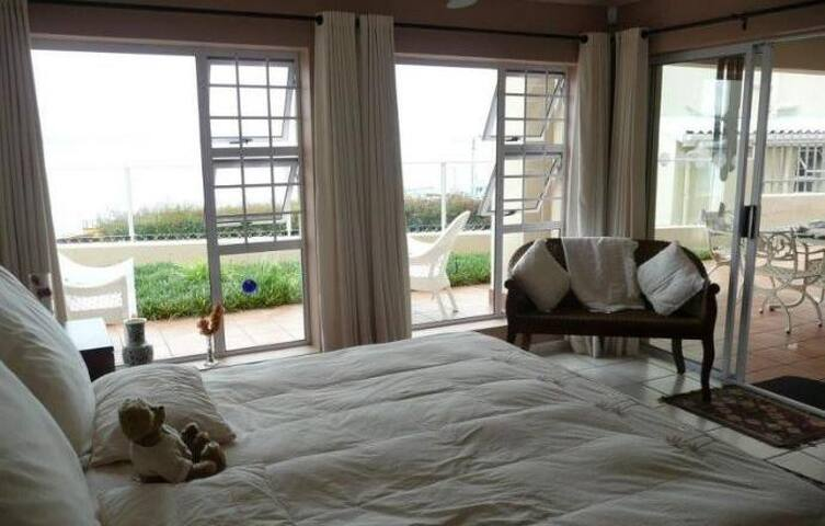 Beachview Room Fully furnished, WiFi - Rio de Janeiro - Rumah