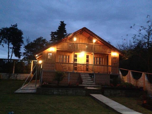 Hermosa y cómoda cabaña del Tío Johnny