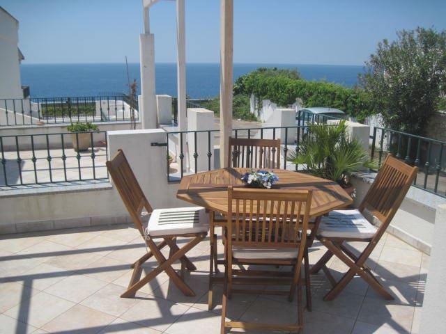 terrazza vista mare - Marina San Gregorio - Flat