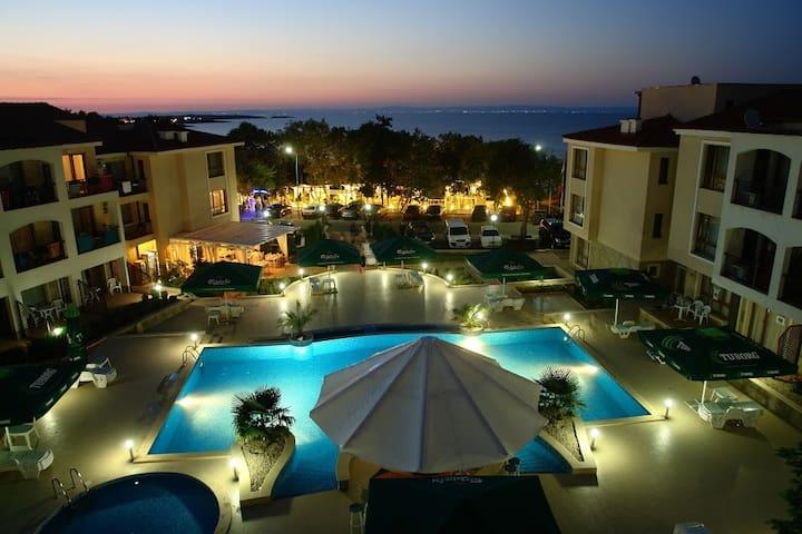 Paradise Bay Sozopol - Sozopol - Byt se službami (podobně jako v hotelu)