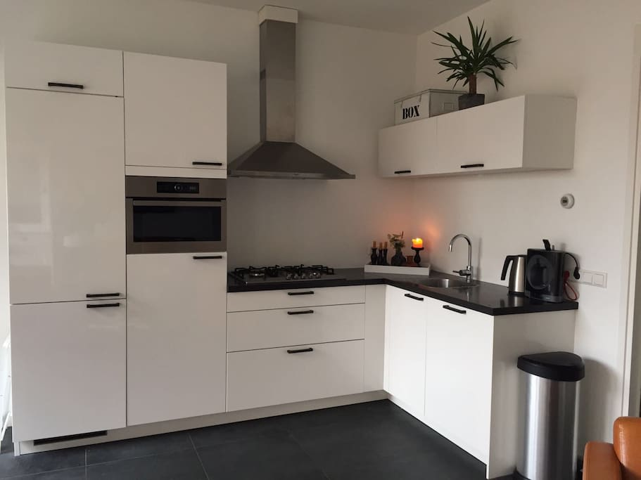 Modern kitchen- Microwave, oven and diswasher
