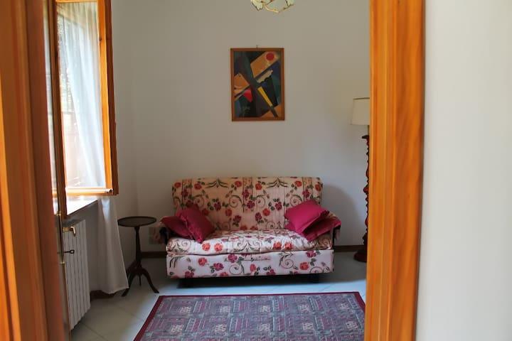 Casa con Giardino al Mare nel verde - Livorno