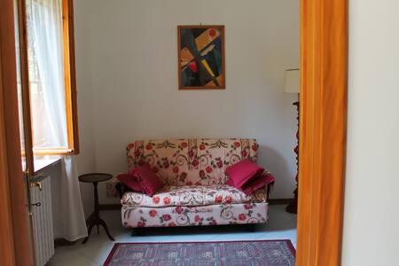 Casa con Giardino al Mare nel verde - Livorno - Casa