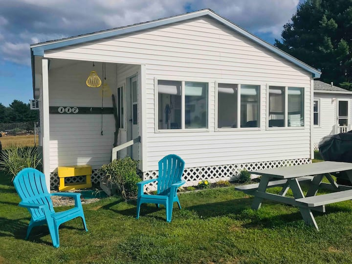 Charming cottage near beaches, in Wells,  Maine