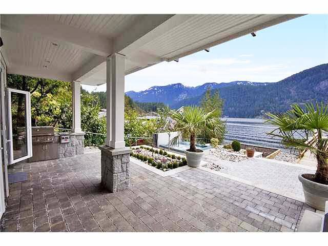 Luxurious Water Front vacation home - North Vancouver