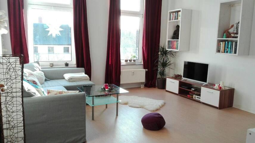 Gemütliches, großes Zimmer in Halle