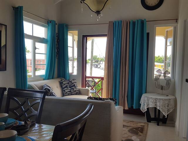 ***Sunset Glow Guest House***