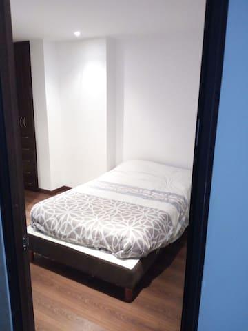 RENTO APARTAMENTO EN USAQUEN, HERMOSO!!!! - Bogotá - Apartment