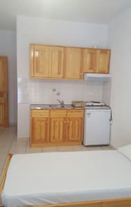 Double room near elios beach (120m) -anthA.mant - Νέο Κλήμα - Daire