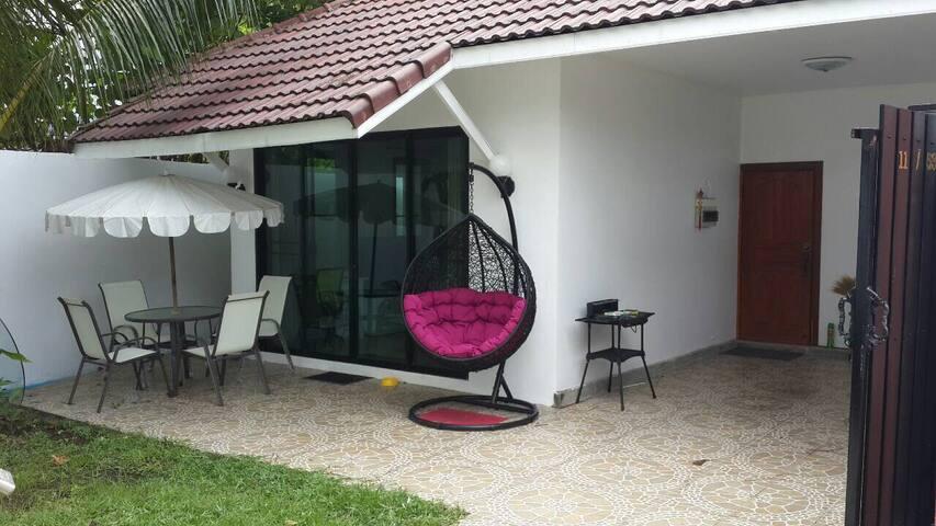 2 BR house near Laguna and beaches - Choeng Thale - House
