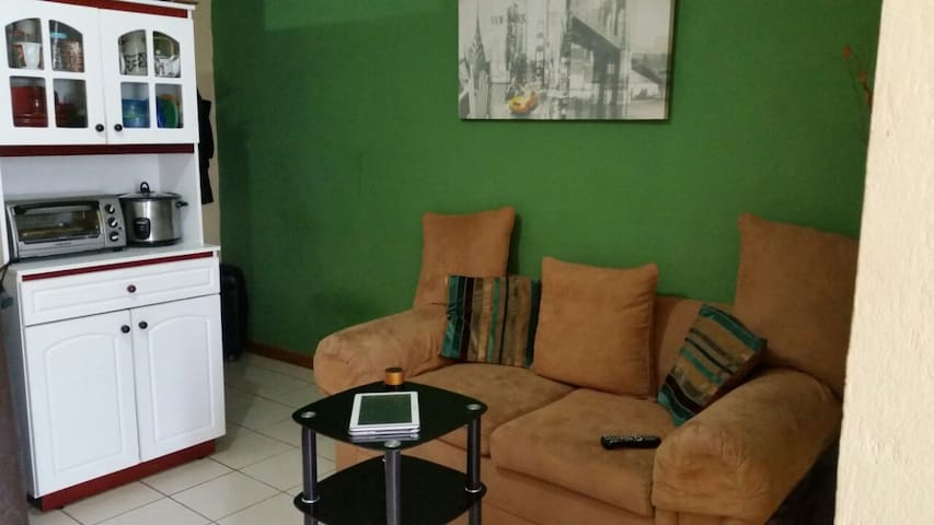 Apartment in the center of San Ramon - San Ramón - Apartment