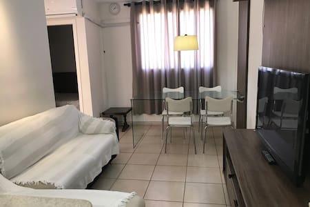Apartamento bem localizado e funcional
