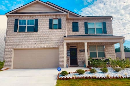The Abstract house | 10 min to ATL airport
