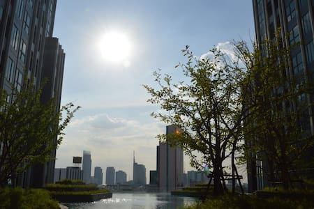 给您不一样的曼谷住宿体验.位于曼谷市中心Silom. - Bangkok - Lejlighed