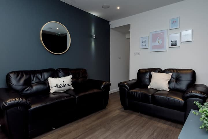 Immaculate Double Room Bills INCLUDED v20