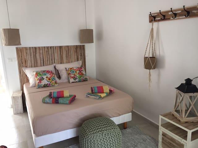 chambre mang'ô à la  villa d'ô ,vue lagon