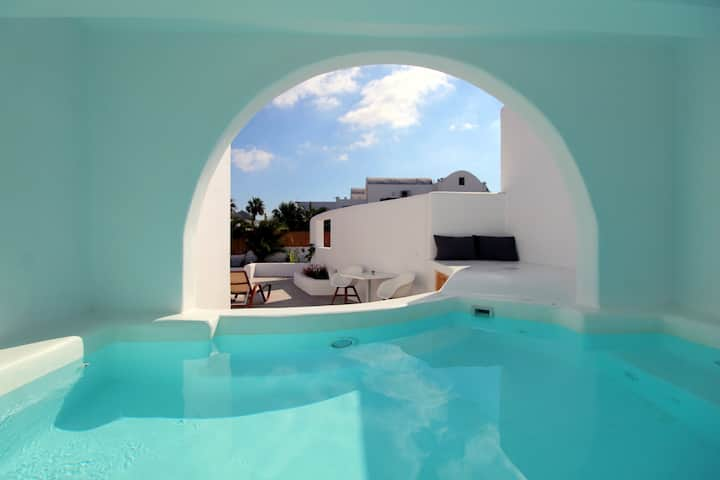 Filira suite with plunge pool