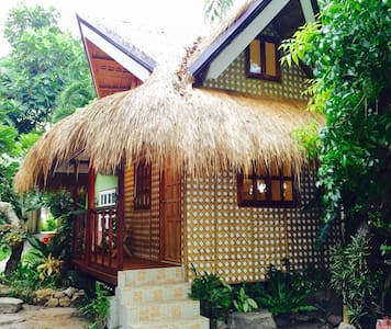 Tropical Seaside Villa - Tagbilaran City