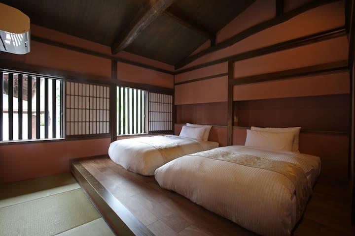 Bedroom with luxury beds 高級マットレス×ベッドルーム