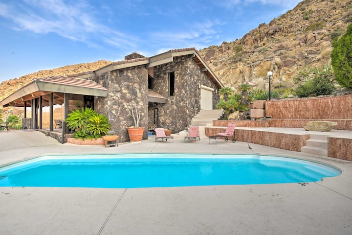 Joshua Tree Park Home on 5 Acres w/Incredible View