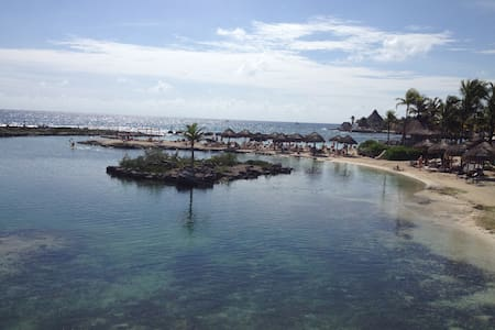 Room a few steps from the sea. - Puerto Aventuras