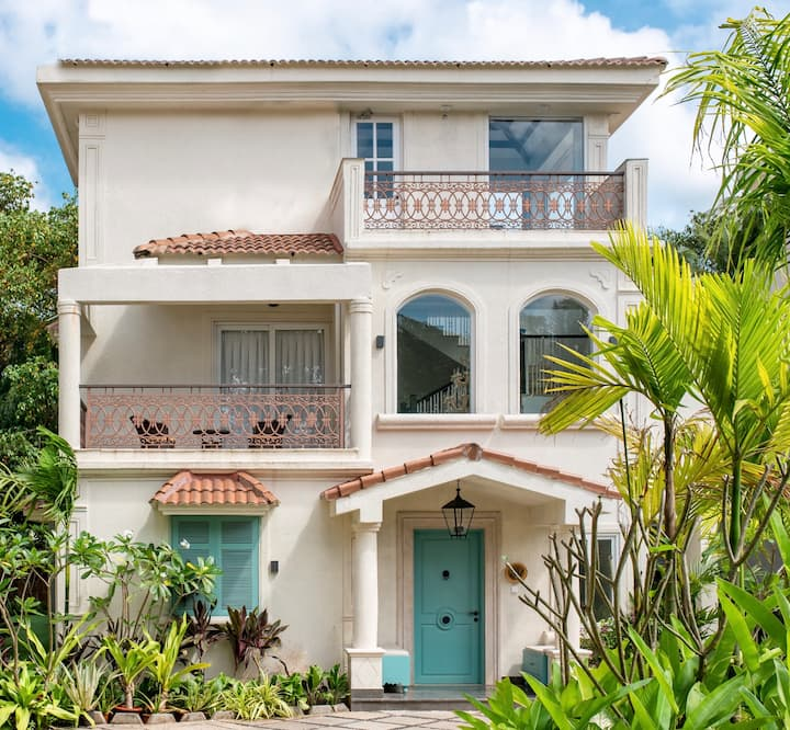 Villa Tequila Sunrise! 3 Bedrooms | Pvt Pool+Deck