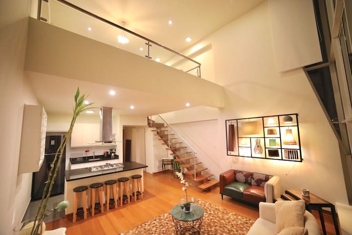 CHIC and MINIMALIST apartment center of Miraflores