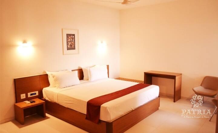 Patria Suites-Bollywood Suite