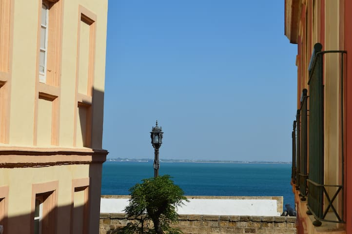 Next to the See. Apartment in the old City - Cádiz