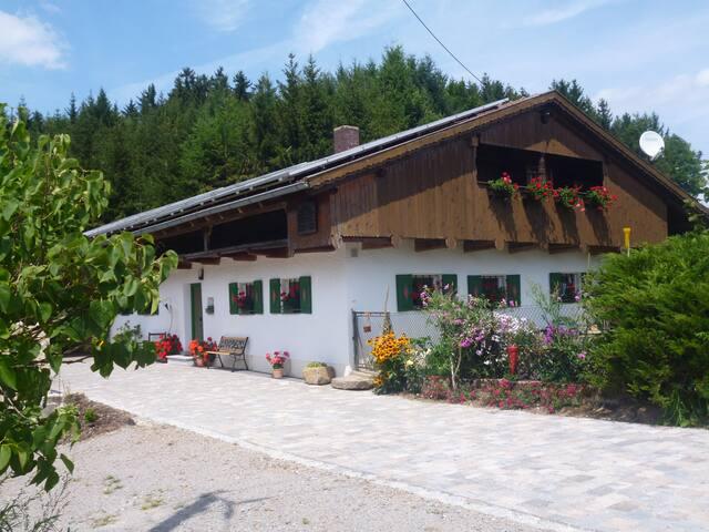 Idyllisches Ferienhaus Geisberg