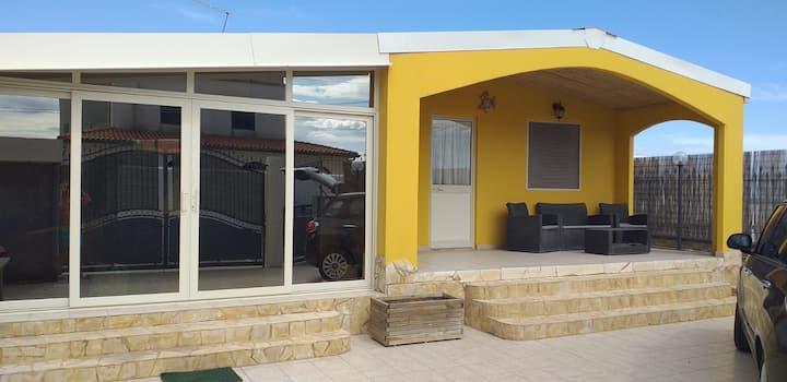 Villa Francesca, Holiday House- Frontsea