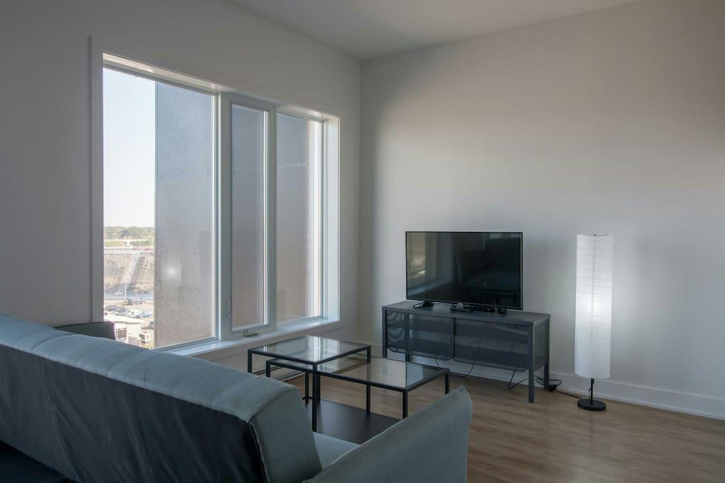 Living room with tv, Google chromecast