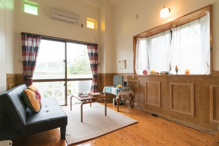 ☆Close to the sea! Hawaiian style condo☆ 2F corner - Onna-son - Apartemen