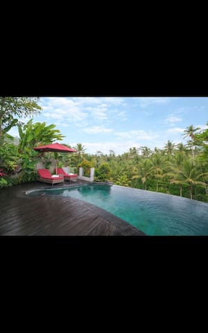 One bedroom royal pool villa