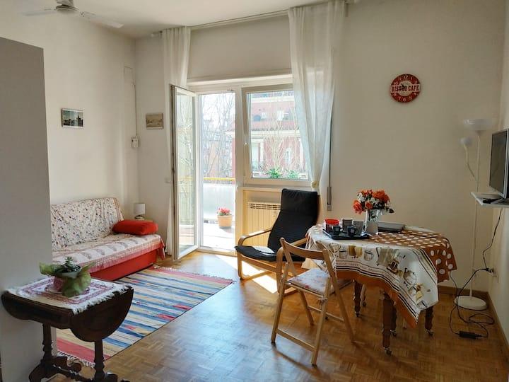 Sweet Sunrise Home, appartamento a Roma Lido