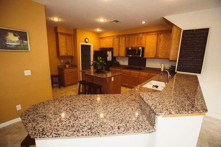 Spacious Villa - Perfect Group Getaway - Las Vegas - Huis