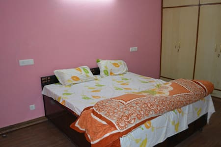 PAL Pent Full House Short Stay - Zirakpur