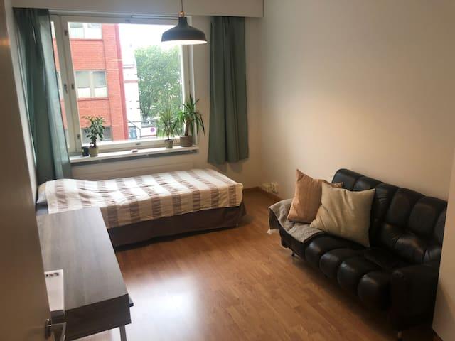 Cozy room in Kallio