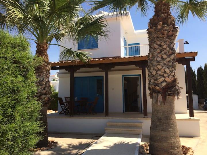 Athena's Holiday Family House, Sotira, Agia NapaCY