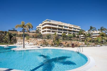 Apartment on the sea with garden - El Faro