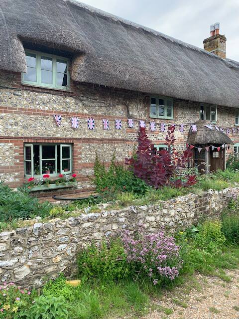 Beautiful 16th C thatched cottage - Dog Friendly