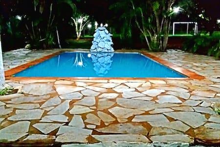 Chácara em Goiânia 10 km do centro (5000m²) - Goiânia