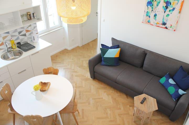Apartment ART 2. City CENTER - It's All About ART