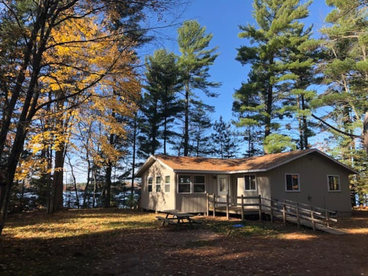 Perfect North Woods Cabin minutes from St.Germain