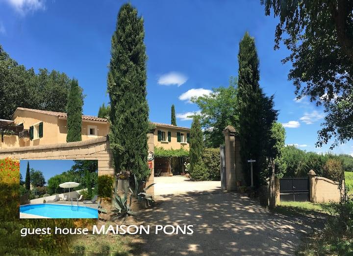 Gîte + piscine proche Uzès/Pont du Gard au calme