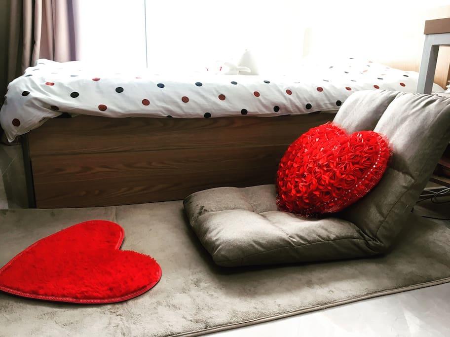 一张舒服的榻榻米。 a comfortable tatami