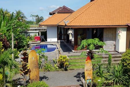 snaffl Beach Villa/pool&cuisine:chambre 2 Ouest