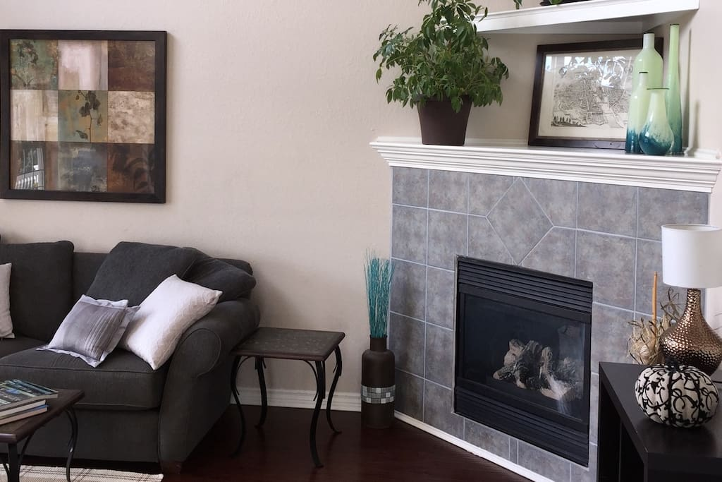 Functioning gas fireplace in the living room