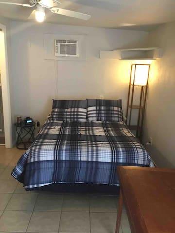Private casita in NE Albuquerque