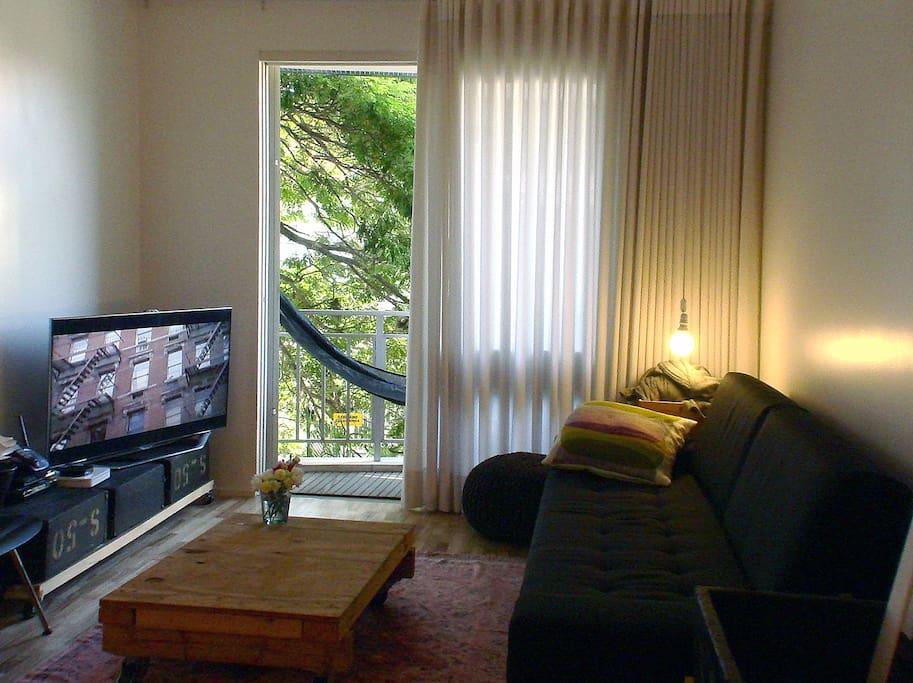 living room | balcony